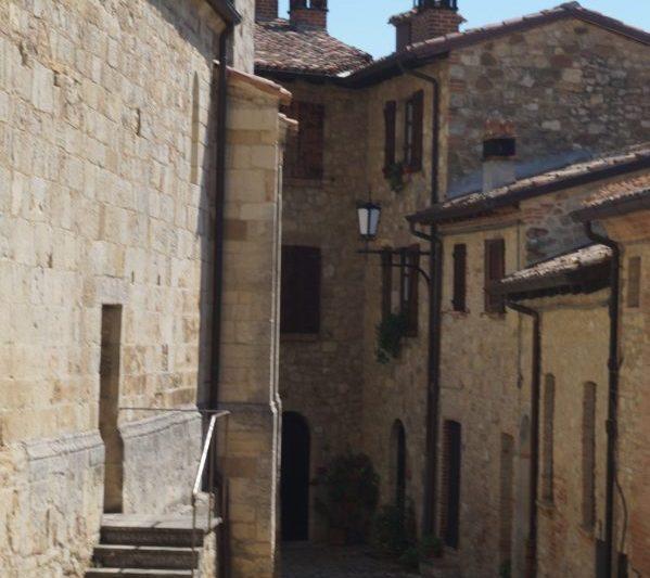 VIGOLENO Il Medioevo tra Vini e Orsanti