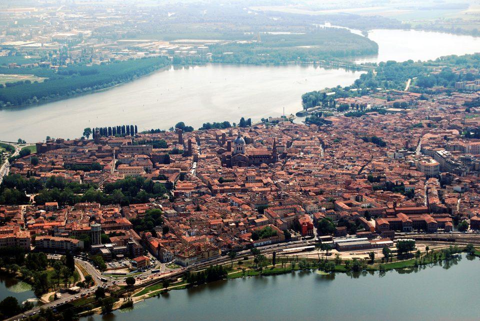 Mantova veduta dall'alto